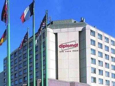 Medium diplomat 1